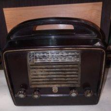 Radio a valvole: PRECIOSA RADIO BAQUELITA PHILIPS LX 422 AB. Lote 291994273