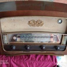 Radios de válvulas: ANTIGUA RADIO DE VÁLVULAS. Lote 295619458