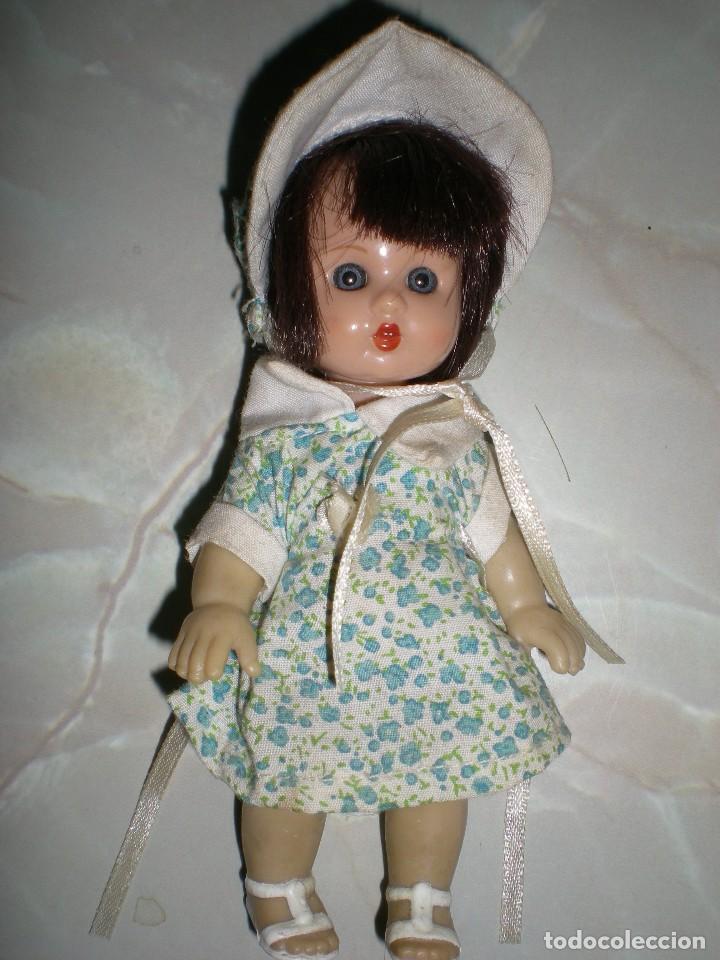 Reediciones Muñecas Españolas: muñeca mini mariquita perez 14 cm ideal casas de muñecas poco uso - Foto 3 - 124014383