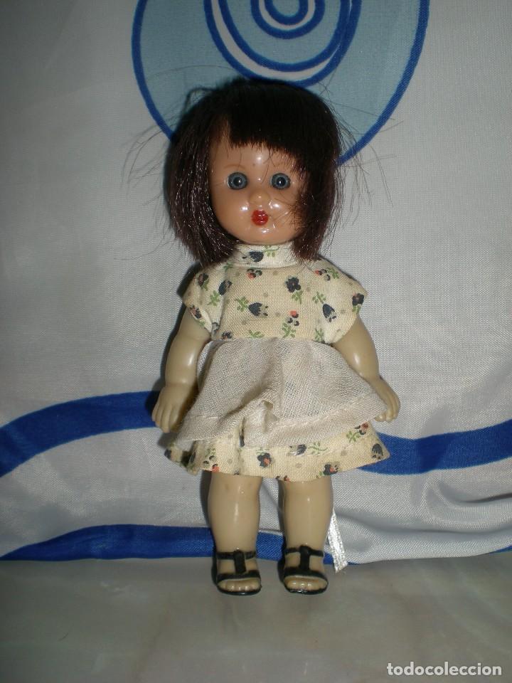 Reediciones Muñecas Españolas: muñeca mini mariquita perez 14 cm ideal casas de muñecas poco uso - Foto 3 - 124014551