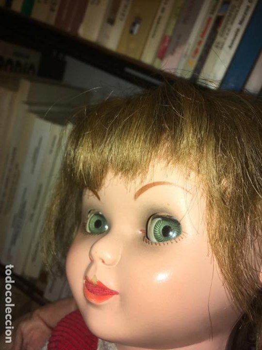 Reediciones Muñecas Españolas: Muñeca española ojos durmientes y movimiento lateral, cabeza dañada, dos vestidos,55 cms - Foto 8 - 186820733