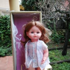 Reedições Bonecas Espanholas: MUÑECA LUCHY MAMÁ DE JESMAR FUNCIONANDO PERFECTAMEENTE BALANCEO Y ABRE CIERRE OJOS EN CAJA FALTA BB. Lote 223319672