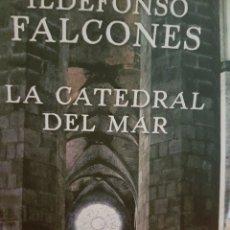 Relatos y Cuentos: LA CATEDRAL DEL MAR, DE ILDEFONSO FALCONES. Lote 190031070