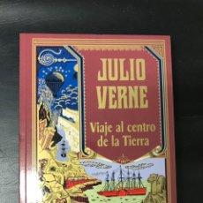 Relatos y Cuentos: JULIO VERNE - VIAJE AL CENTRO DE LA TIERRA - TAPA BLANDA. Lote 220598981