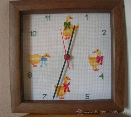 RELOJ ESFERA A PUNTO DE CRUZ-FUNCIONA CON 1 PILA (Relojes - Relojes Automáticos)