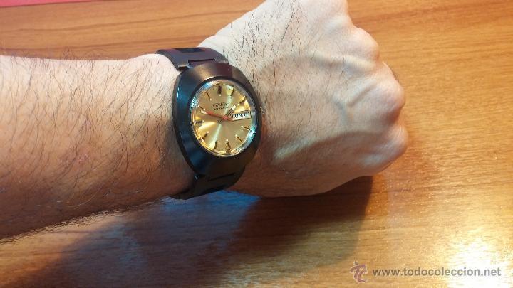 Relojes automáticos: Reloj DUWARD AUTOMATICO, AS 2066, modelo de RARO y ESCASO de color negro en PVD, de los años 70 - Foto 12 - 53395787