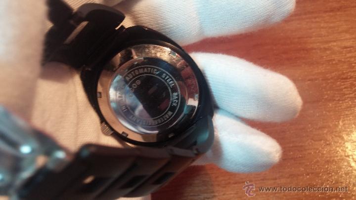 Relojes automáticos: Reloj DUWARD AUTOMATICO, AS 2066, modelo de RARO y ESCASO de color negro en PVD, de los años 70 - Foto 32 - 53395787
