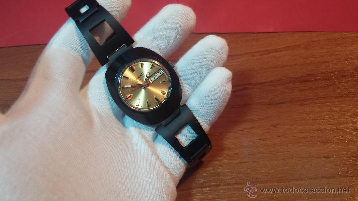 Relojes automáticos: Reloj DUWARD AUTOMATICO, AS 2066, modelo de RARO y ESCASO de color negro en PVD, de los años 70 - Foto 36 - 53395787