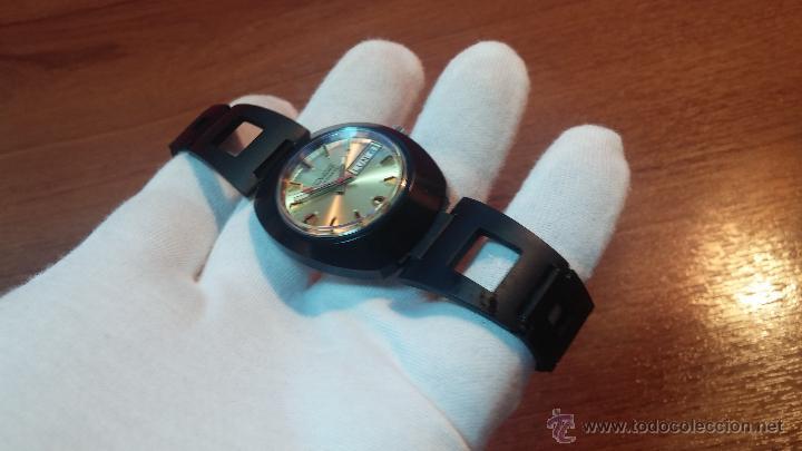 Relojes automáticos: Reloj DUWARD AUTOMATICO, AS 2066, modelo de RARO y ESCASO de color negro en PVD, de los años 70 - Foto 37 - 53395787