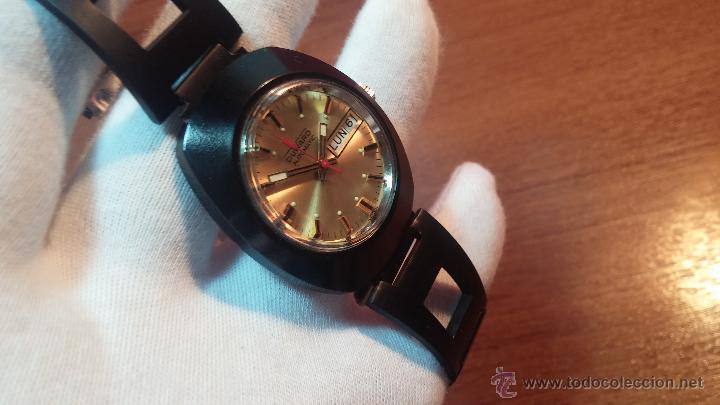 Relojes automáticos: Reloj DUWARD AUTOMATICO, AS 2066, modelo de RARO y ESCASO de color negro en PVD, de los años 70 - Foto 40 - 53395787
