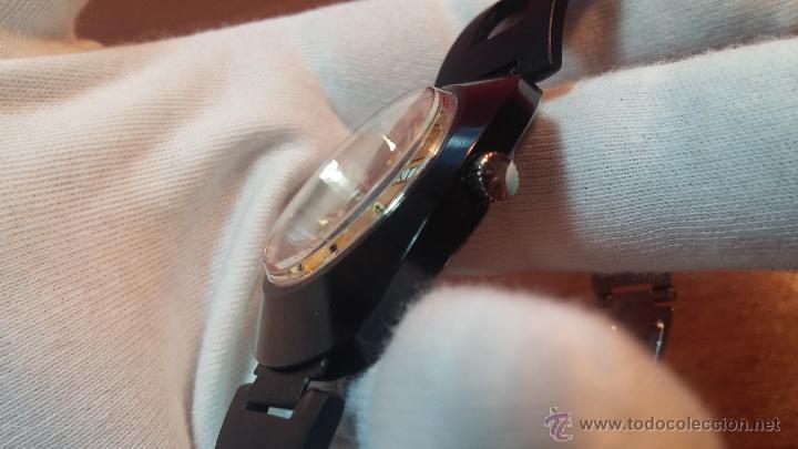 Relojes automáticos: Reloj DUWARD AUTOMATICO, AS 2066, modelo de RARO y ESCASO de color negro en PVD, de los años 70 - Foto 42 - 53395787
