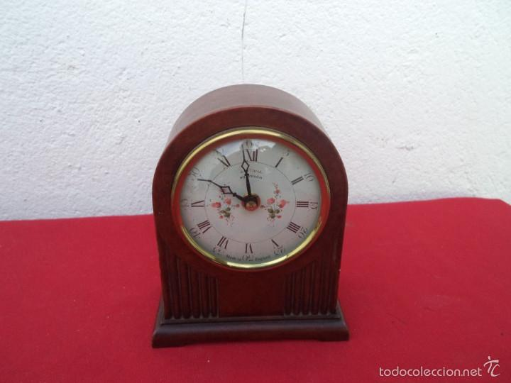 RELOJ DE A PILAS (Relojes - Relojes Automáticos)