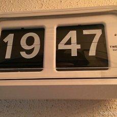 Relojes automáticos: RELOJ PARED NUMEROS VOLCABLES MARCA TWENCO.. Lote 58121725