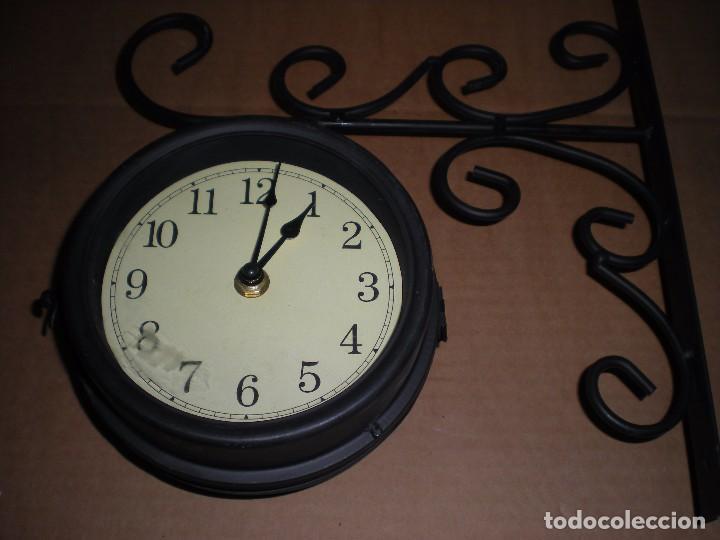 Relojes automáticos: reloj de anclar a pared, dos caras, funciona a pilas - Foto 3 - 69369205