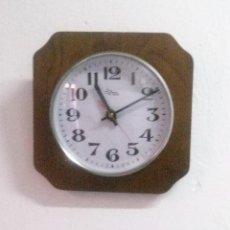 Relojes automáticos: RELOJ DE PARED . Lote 71855667