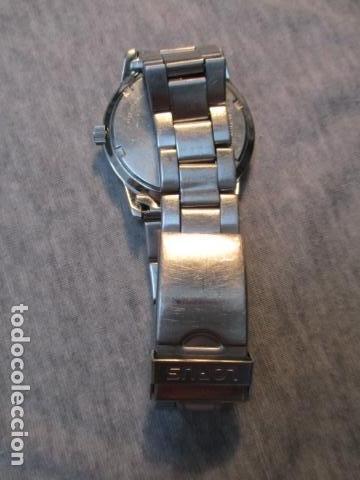 Relojes automáticos: Moderno reloj Lorus - Foto 3 - 73582775