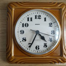 Relojes automáticos: RELOJ VINTAGE DE PARED DE COCINA DE CERÁMICA MARCA STAIGER - MADE IN GERMANY AÑOS 70. Lote 84070952