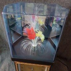 Relojes automáticos: RELOJ CON FLORES Y LUCES KISCH AÑOS 80. Lote 84725084