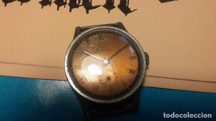Relojes automáticos: Botito antiguo reloj CAUNY GENEVE 15 RUBIS, de cuerda, funcionando, esfera muy botita, pasador fijo - Foto 2 - 85178232