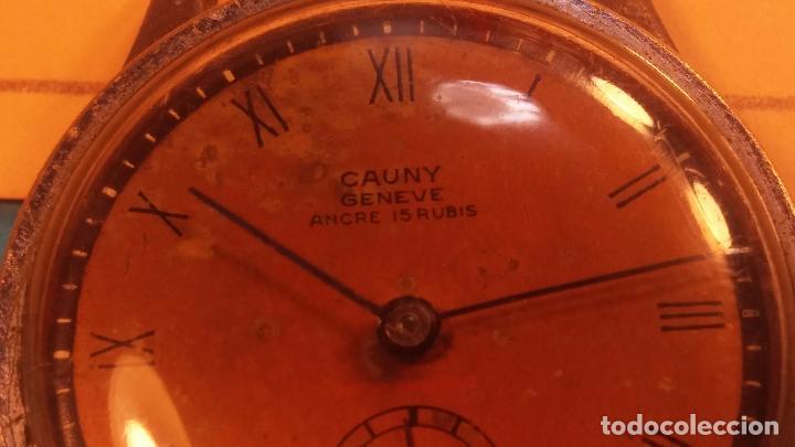 Relojes automáticos: Botito antiguo reloj CAUNY GENEVE 15 RUBIS, de cuerda, funcionando, esfera muy botita, pasador fijo - Foto 12 - 85178232