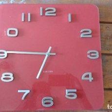 Relojes automáticos: KARLSSON DE PARED DE CRISTAL. Lote 92150485