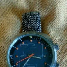 Relojes automáticos: ANTIGUO RELOJ DE CABALLERO.INVICTA.AUTOMATICO.ESFERA CAMPO FUTBOL.2 CORONAS.SWISS.VINTAGE.AÑOS 60/70. Lote 98798247
