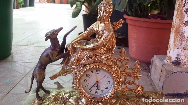 Relojes automáticos: precioso reloj de bronce y pie de marmol - Foto 4 - 100571251