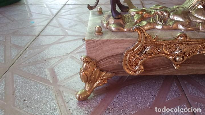 Relojes automáticos: precioso reloj de bronce y pie de marmol - Foto 6 - 100571251