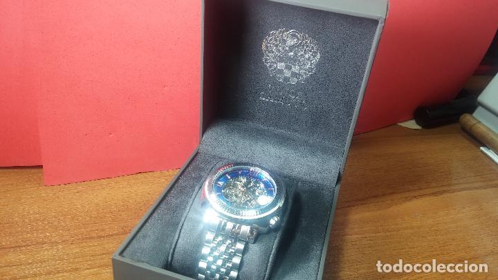 Relojes automáticos: Reloj automático VINCE CAMUTO Skeleton de caballero, preciosa esfera azul marino, de reestreno. - Foto 2 - 108882983