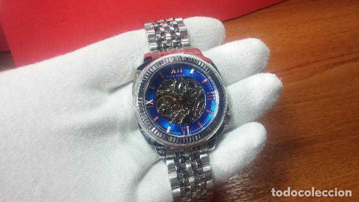 Relojes automáticos: Reloj automático VINCE CAMUTO Skeleton de caballero, preciosa esfera azul marino, de reestreno. - Foto 6 - 108882983