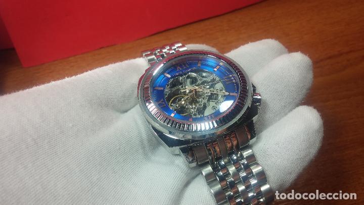 Relojes automáticos: Reloj automático VINCE CAMUTO Skeleton de caballero, preciosa esfera azul marino, de reestreno. - Foto 8 - 108882983