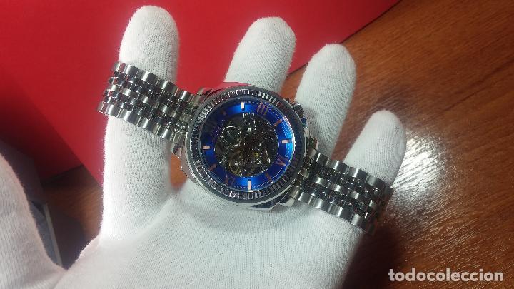 Relojes automáticos: Reloj automático VINCE CAMUTO Skeleton de caballero, preciosa esfera azul marino, de reestreno. - Foto 10 - 108882983