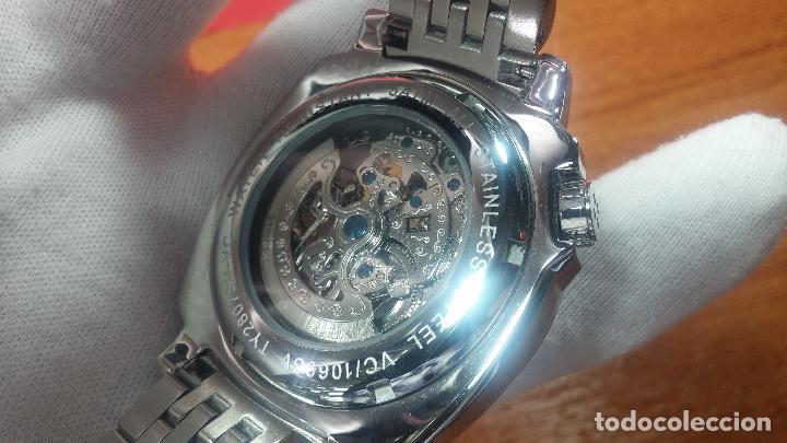 Relojes automáticos: Reloj automático VINCE CAMUTO Skeleton de caballero, preciosa esfera azul marino, de reestreno. - Foto 14 - 108882983