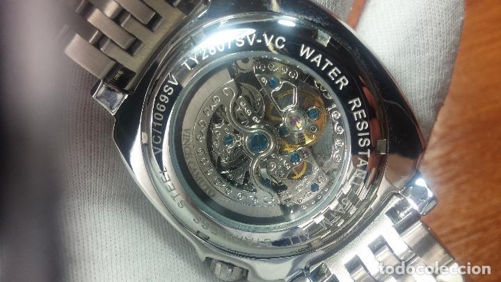 Relojes automáticos: Reloj automático VINCE CAMUTO Skeleton de caballero, preciosa esfera azul marino, de reestreno. - Foto 18 - 108882983