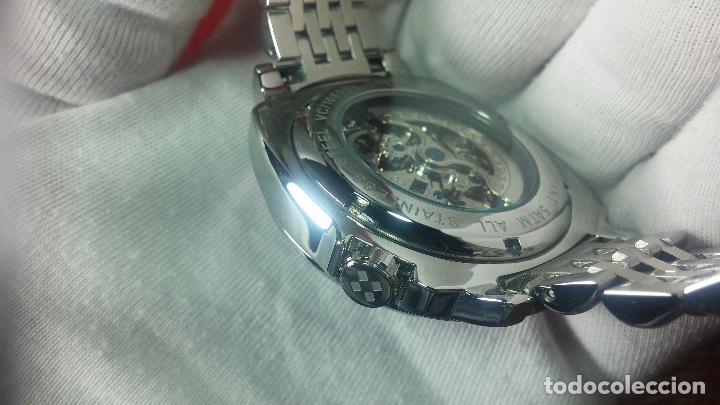 Relojes automáticos: Reloj automático VINCE CAMUTO Skeleton de caballero, preciosa esfera azul marino, de reestreno. - Foto 21 - 108882983