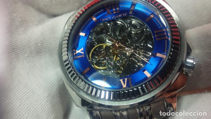 Relojes automáticos: Reloj automático VINCE CAMUTO Skeleton de caballero, preciosa esfera azul marino, de reestreno. - Foto 22 - 108882983