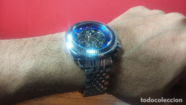 Relojes automáticos: Reloj automático VINCE CAMUTO Skeleton de caballero, preciosa esfera azul marino, de reestreno. - Foto 26 - 108882983