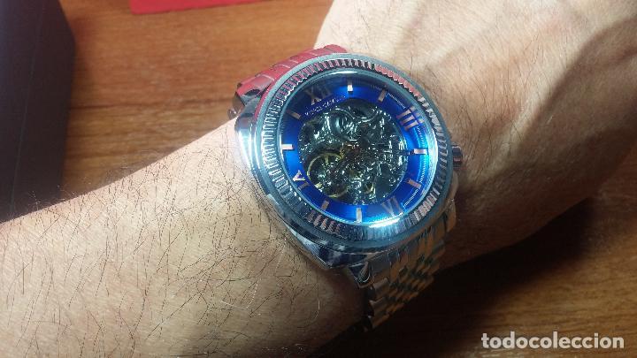 Relojes automáticos: Reloj automático VINCE CAMUTO Skeleton de caballero, preciosa esfera azul marino, de reestreno. - Foto 33 - 108882983