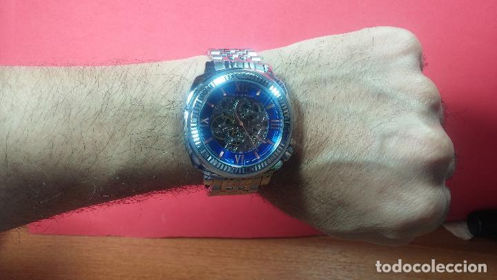 Relojes automáticos: Reloj automático VINCE CAMUTO Skeleton de caballero, preciosa esfera azul marino, de reestreno. - Foto 35 - 108882983