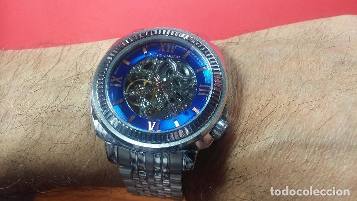Relojes automáticos: Reloj automático VINCE CAMUTO Skeleton de caballero, preciosa esfera azul marino, de reestreno. - Foto 37 - 108882983