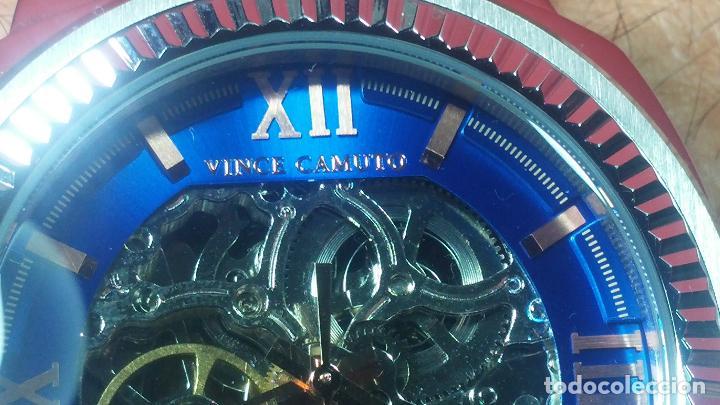 Relojes automáticos: Reloj automático VINCE CAMUTO Skeleton de caballero, preciosa esfera azul marino, de reestreno. - Foto 39 - 108882983