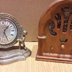 Relojes automáticos: DOS PIEZAS / RELOJ DE METAL- QUARZT Y RADIO / PARA DECORACIÓN / NO FUNCIONAN.. Lote 109192803