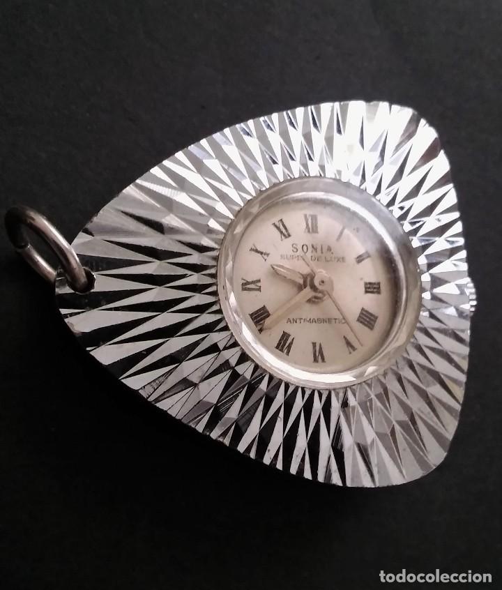 Relojes automáticos: Antiguo y raro reloj colgante marca sonia súper de luxe antimagnetico (funciona) 70s, retro vintage - Foto 5 - 109803795