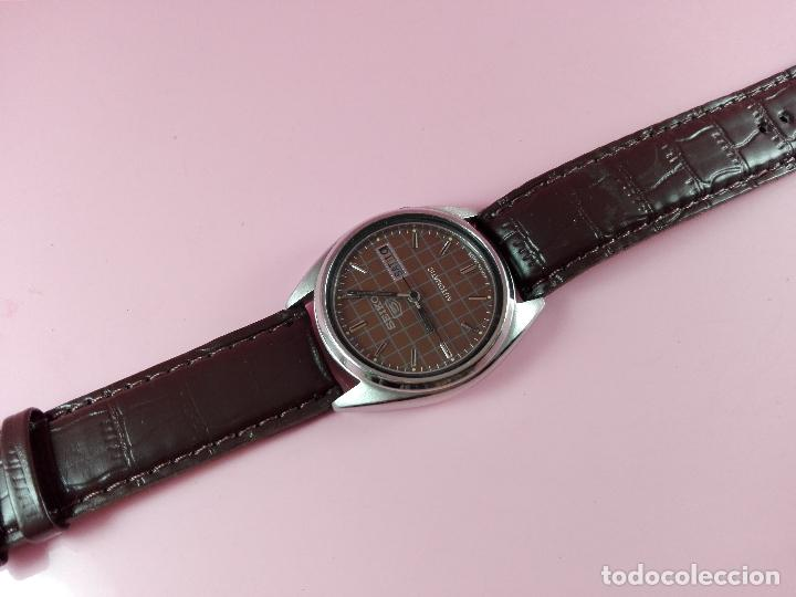 Relojes automáticos: 91-reloj-seiko 5-diseño marrón oscuro-excelente estado-funcionando-ver fotos - Foto 9 - 118407015