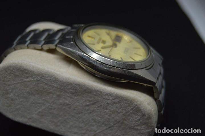 Relojes automáticos: ANTIGUO - VINTAGE - RELOJ DE PULSERA - SEIKO 5 7009 3040 - AUTOMATIC - MADE IN JAPAN - HAZ OFERTA - Foto 5 - 120400391
