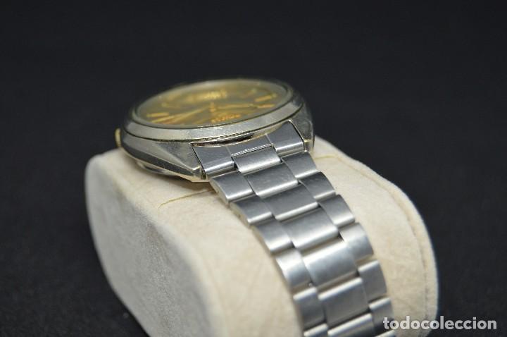 Relojes automáticos: ANTIGUO - VINTAGE - RELOJ DE PULSERA - SEIKO 5 7009 3040 - AUTOMATIC - MADE IN JAPAN - HAZ OFERTA - Foto 7 - 120400391