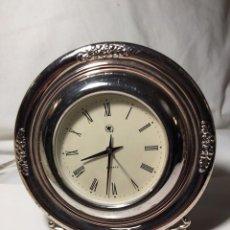 Relojes automáticos: RELOJ DE SOBREMESA DE PLATA DECORADA. PLATA 925. FUNCIONA PERFECTAMENTE. 15 CM DE DIÁMETRO.. Lote 120967167