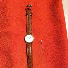 Relojes automáticos: ANTIGUO RELOJ DE SEÑORA DE PULSERA A PILAS DE LA MARCA CASIO CORREA DE CUERO Y BAÑO ORO AÑOS 90. Lote 123527603