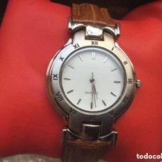 Relojes automáticos: RELOJ ANALÓGICO DE CUARZO JUVENIL CON CORREA DE CUERO. Lote 128672587