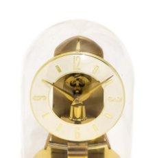 Relojes automáticos: CLASICO RELOJ DE SOBREMESA, MARCA KUNDO,DE ORIGEN ALEMAN, FUNCIONANDO. Lote 132712894